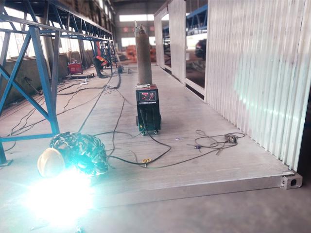 DPM-350型一体式自动送丝铝焊机