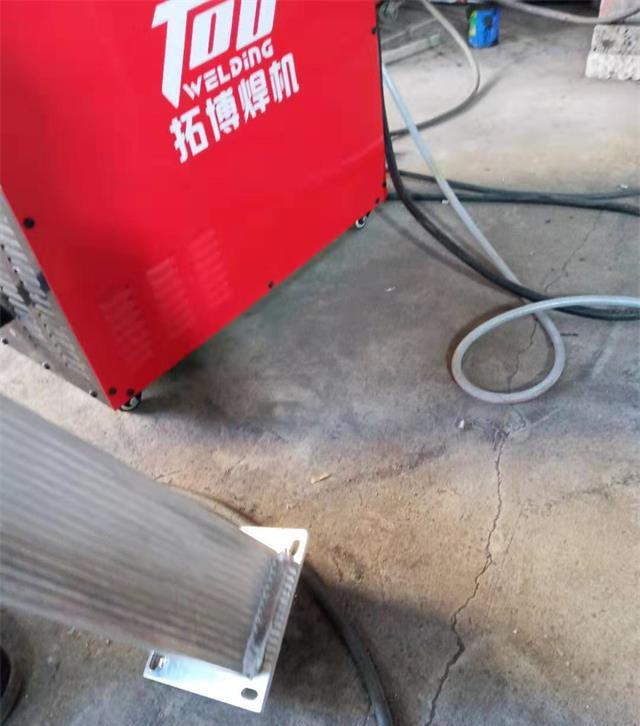 铝焊机焊缝