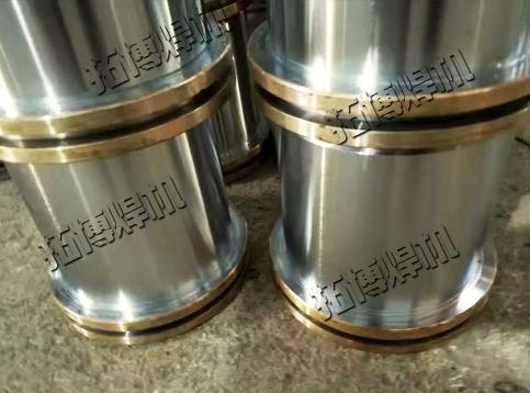 液压缸铜堆焊机