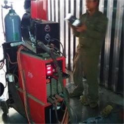 铝焊机焊接铝集装箱